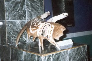 williambondy-deerantlercarvings-01.jpg